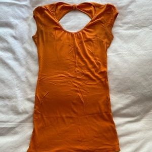 Express orange long t-shirt keyhole back size med